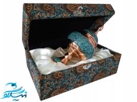 شکلات خوری پایه دار مس و فیروزه کوب با جعبه ترمه